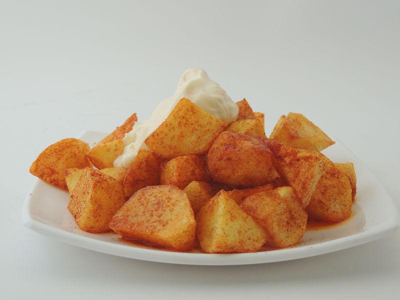 patatas-bravas-de-la-manera-tradicional
